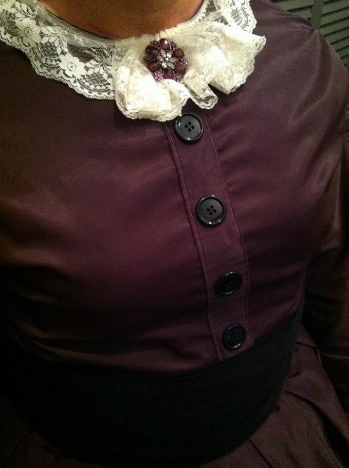 Mary Todd Lincoln costume detail.