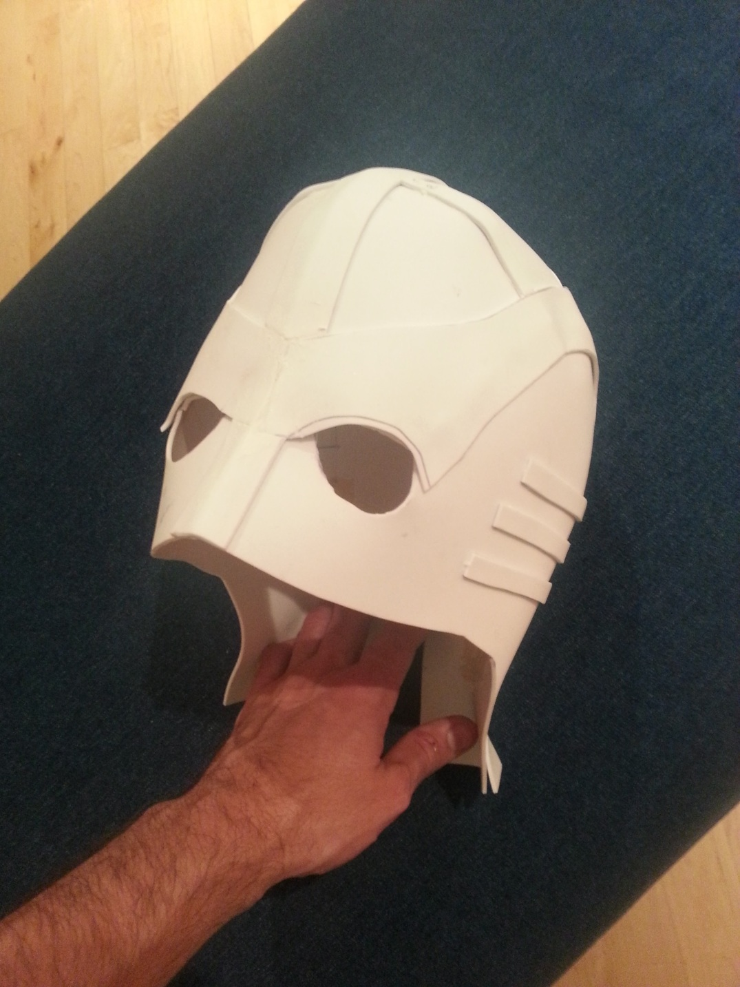 midnighter-costume-helmet-wip2