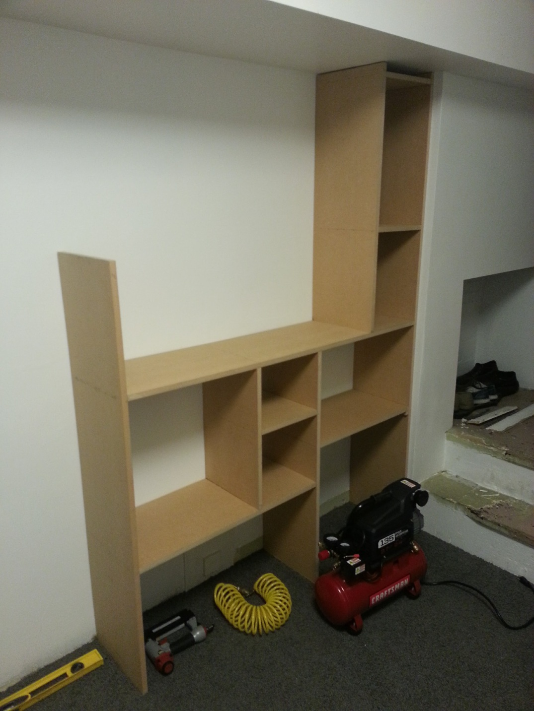 Cubic built-in cabinets - assembly